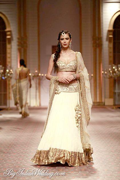 Preeti S Kapoor designer lehenga #lehenga #choli #indian #shaadi #bridal #fashion #style #desi #designer #blouse #wedding #gorgeous #beautiful