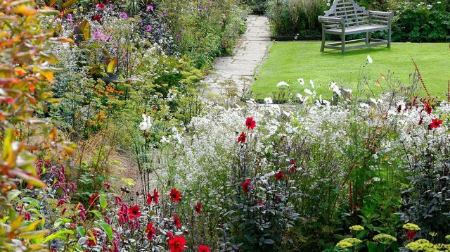 Le+jardin+bucolique+d'un+manoir+anglais