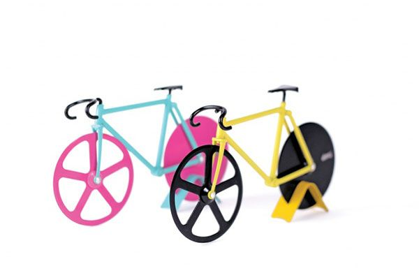http://fixie-singlespeed.com/doiy-fixie-pizza-cutter-roulette/