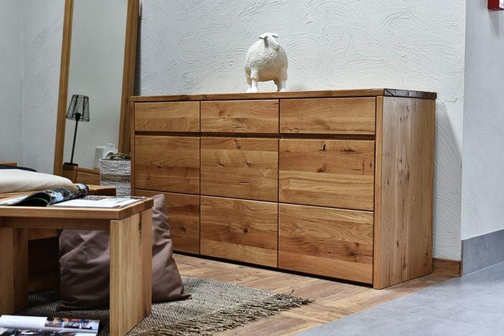 Nowoczesna komoda z litego drewna dębowego z kolekcji Dream Bedroom
