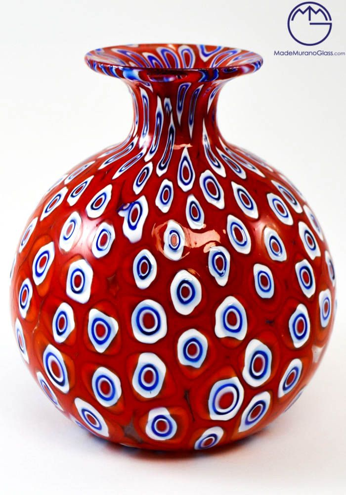 #Exclusive working of #Murano #glass, used to produce this #modern #venetian glass vase, ball-shaped and colour red with Murrine.--- #Vaso #moderno #rosso con Murrine.