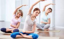 11-exercicios-faceis-de-ioga-para-turbinar-sua-energia