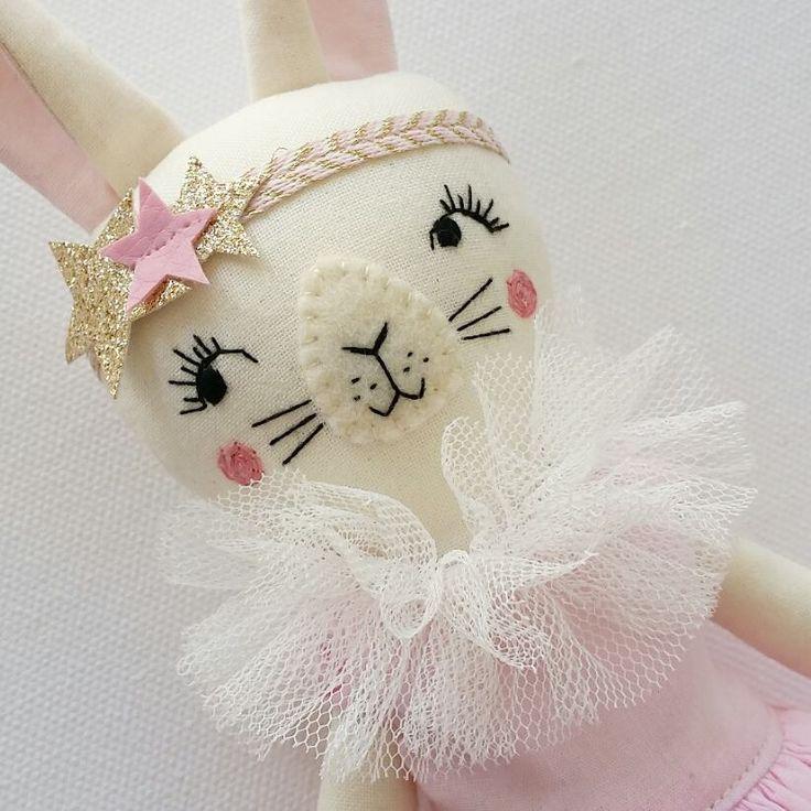 Sweetface bunny girl  I like close ups   #clothdoll #handmadedoll #fabricdoll #textiledolls #heirloomdolls #collectordolls #ooakdolls #ooakclothdoll #handmadetoys #nurserydoll #bunny #bunnyclothdoll #rabbit #rabbitdoll #rabbitclothdoll #woodlanddoll #woodlandanimals #woodlandtheme #woodlandtoys #handmadetoys #handsewing #handembroidery  #deerdarlingdolls