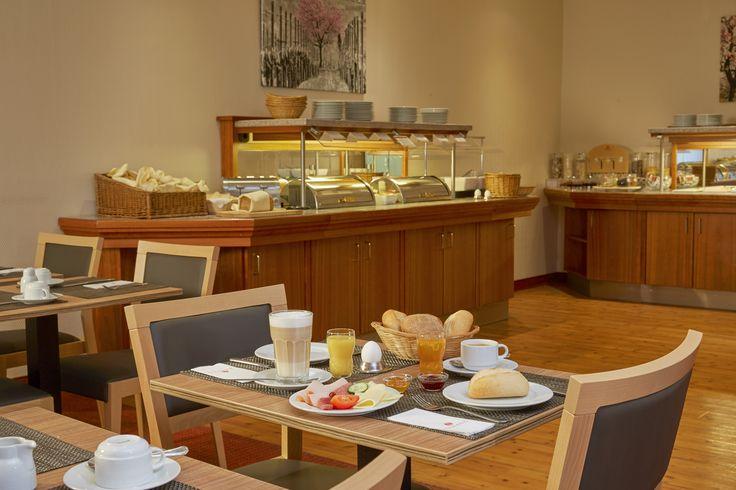 Frühstücksbuffet im H+ Hotel Mannheim
