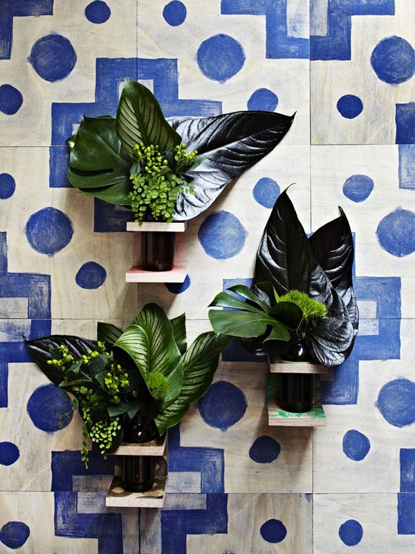 Geometry and green leaves.: Wall Vase, Features Wall, Tile Patterns, Blue Wall, Timber Wall, Wall Tile, Favorite Pin, Cut Flowers, Wall Planters