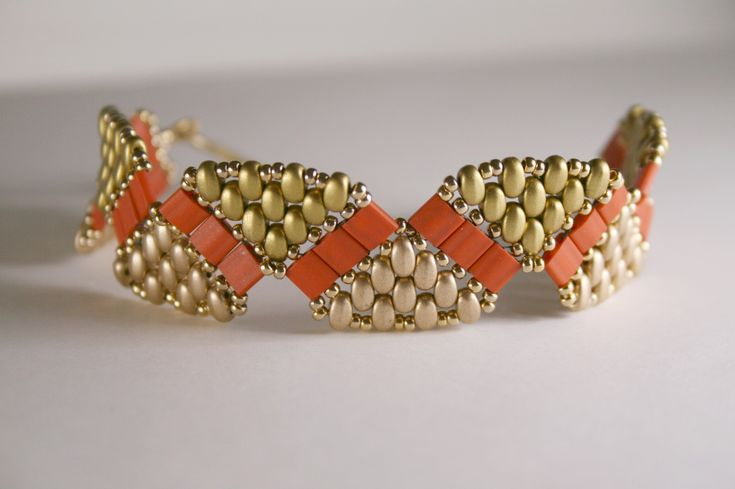 I adapted Deborah Roberti's Tila Twin Wiggle bracelet pattern for use with the new Czech Superduo beads.