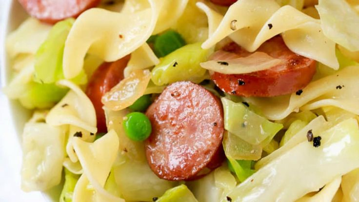 Cabbage and Noodles is a quick and easy Polish recipe with tender sweet cabbage,…