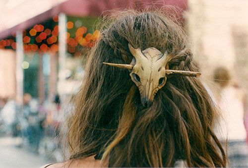 faun skull leather hair barrette. by wing and talon.