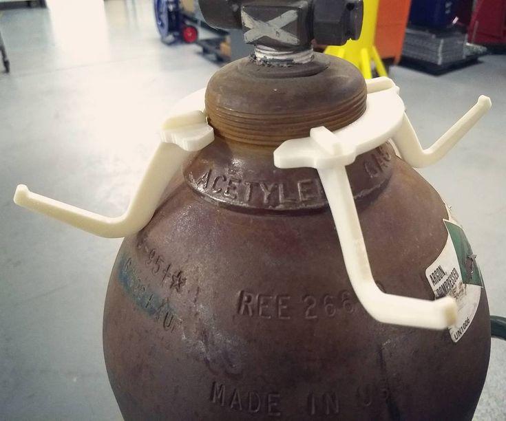 3D printed prototype of our newly re-designed steel Hel-Hook welding hanger. #helmet #welder #welding #weldingrig #lincoln #millerwelding #miller #millerwelders #esab #HelHook #mig #tig #welders #fabricationlife #fabrication #helmethanger #diy #lasercut #steel #cad #newandimproved #prototype #3dprinting #3dprinter #3dprint #comingsoon