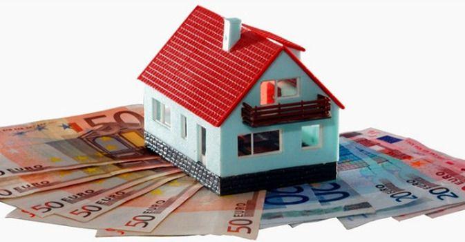 """Quando si vuole vendere la propria abitazione, appartamento o villetta che sia, una delle prime domande che ci poniamo è: """"Che valore avrà?"""". Per calcolare"""