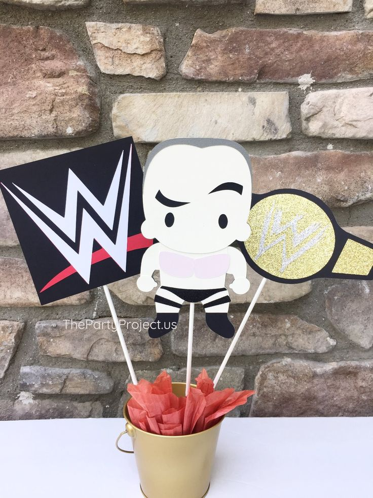 Wrestling Centerpiece   WWE themed birthday party decorations.