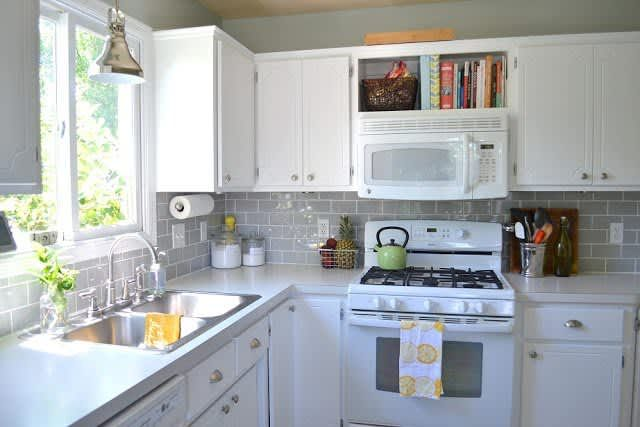 No More White! 10 Colorful Subway Tile Backsplashes