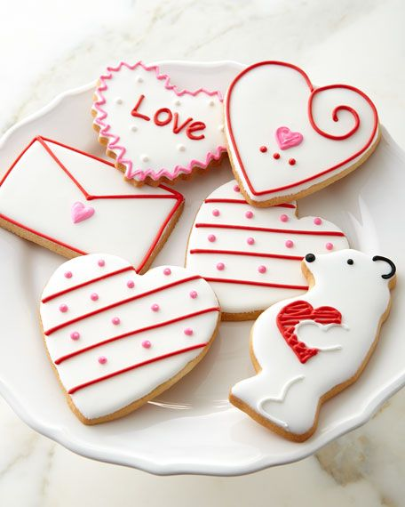 27 best Valentine\'s Day images on Pinterest | Heart cookies ...