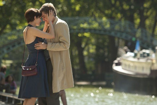 Still of Anne Hathaway and Jim Sturgess in One Day (2011)