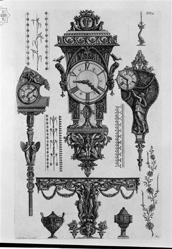 Un tavolo a muro con due Satiri; una pendola; due orologi; due vasi; candelieri da muro e da tavolo, motivi ornamentali, incisione
