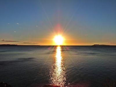 Vale do são Francisco, Lago do Sobradinho, Bahia, Brasil. A beleza e a força do Nordeste e do semi árido baiano. foto: por do sol no lago do sobradinho.