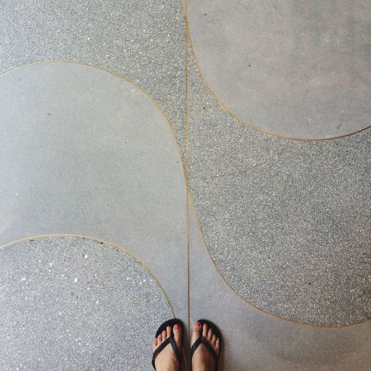 Beautiful @ihavethisthingwithfloors #floor #curves #terrazzo #stone #brass #pattern #design #flipflops #nice #travel #travelgram #latergram – i have this thing with floors