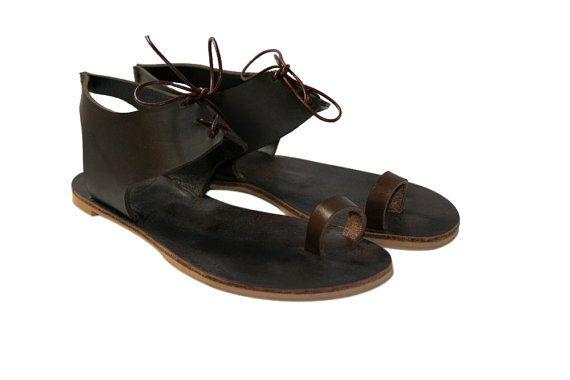 Коричневые кожаные сандалии для женщин и мужчин - дизайн 21 - ручной работы WalkaholicS