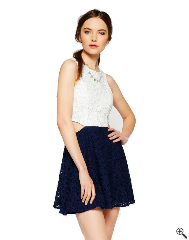 Was denkst Du, kostet dieses Abiball Outfit ???  http://www.fancybeast.de/schoene-kleider/ausgefallene-kleider-damen-schoene-abiball-outfit/  #Kleider #Outfit #Fashion #Dress #Abi #Abiball #Abschlussball