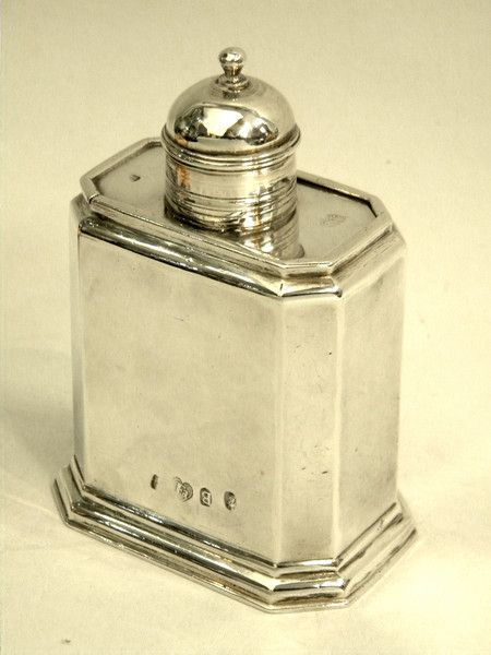 GEO. I GEORGIAN ANTIQUE SILVER TEA CADDY LONDON 1717 John Bull Antiques Antique Silver Dealer www.antique-silver.co.uk London, UK