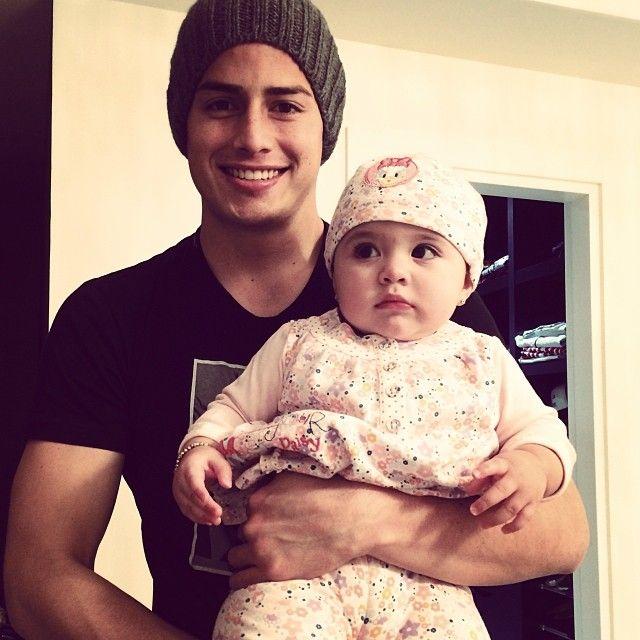 James Rodriguez com sua filha