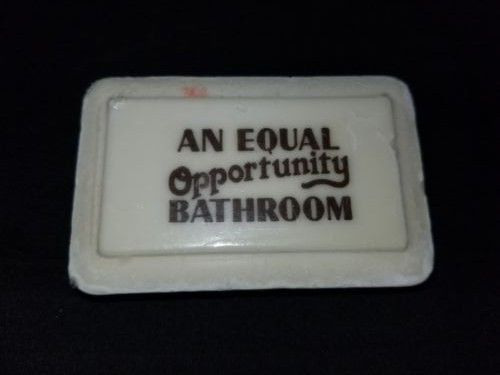 Vintage-Bar-of-Soap-034-An-Equal-Opportunity-Bathroom-034-Sealed-New-in-Package-Skin