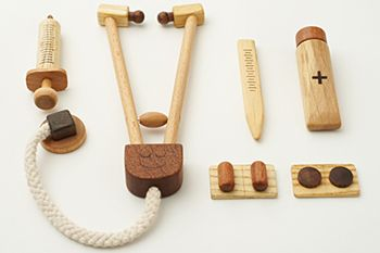 wooden toys | tiny cardiologist