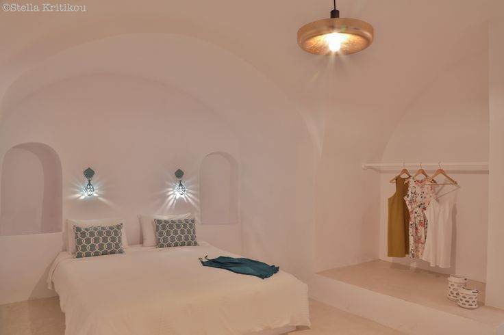 private villas, mesaria, santorini, island, bedroom, tradition