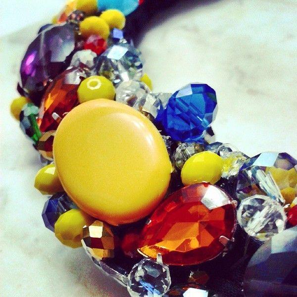 Collana nera con perline multicolore di LaMargarita su DaWanda.com