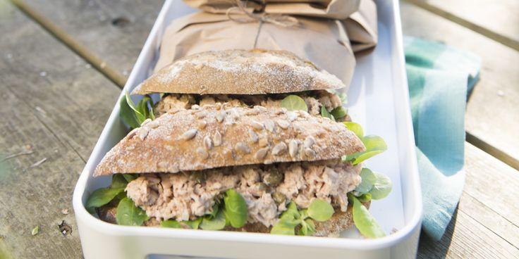 Boodschappen - Broodje tonijnsalade