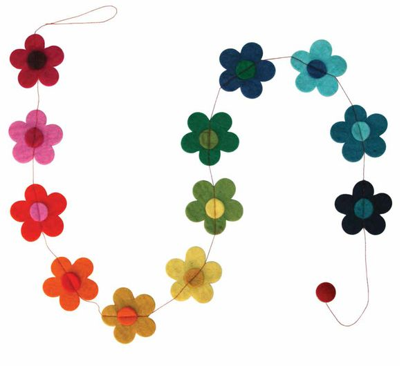 A gorgeous handmade felt daisy chain.  : Approx. 1.5m long, flowers 7.5cm Our felt products are made by women in Nepal using 100% sheep wool and Azo free dy