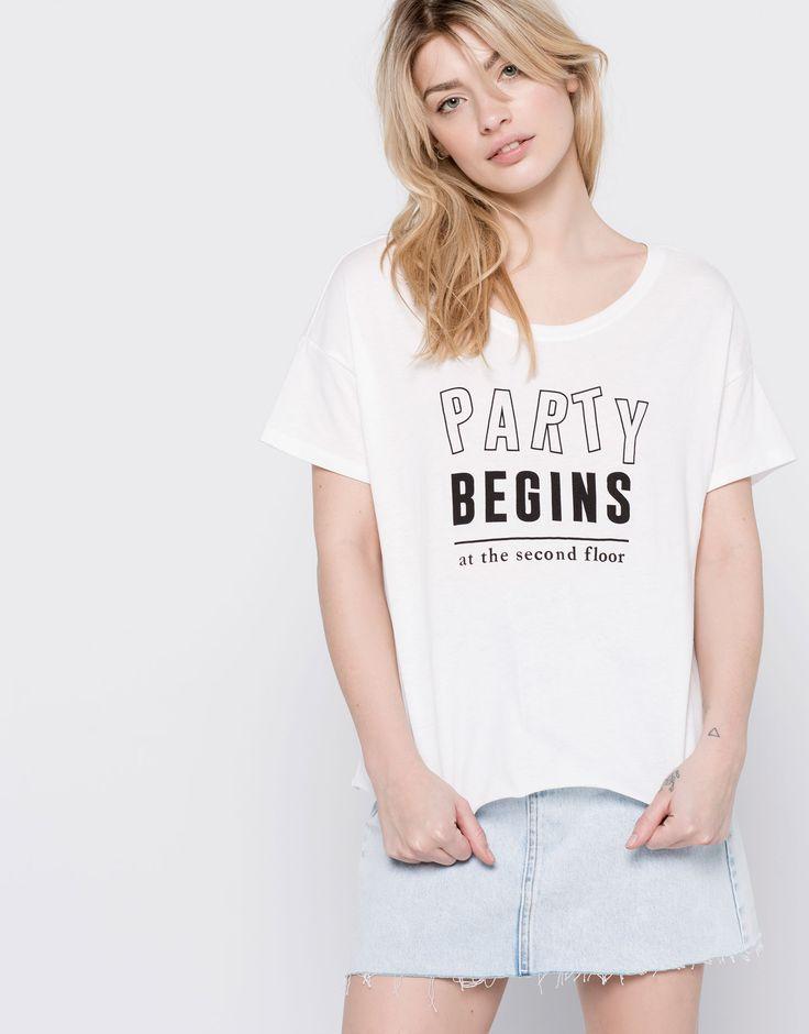 PARTY BEGINS' T-SHIRT - T-SHIRTS & TOPS - WOMAN - PULL&BEAR Albania