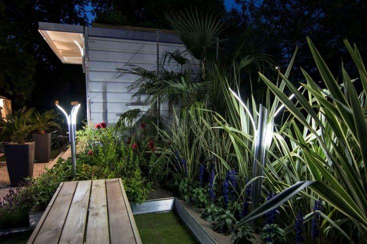 Illuminazione Giardino : Lampade da Esterno a Luci LED Solari di Design, Lampioni da Giardino, Faretti LED, Strisce LED, Applique LED, Lampadari Modern http://illuminazione-giardino.it/