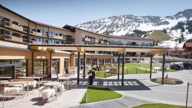 #Panoramahotel #Oberjoch in #Bad #Hindelang - #WINTERURLAUB #SILVESTER #WEIHNACHTEN #SKI #SNOWBOARDING #ALLGÄU http://www.winterreisen.de