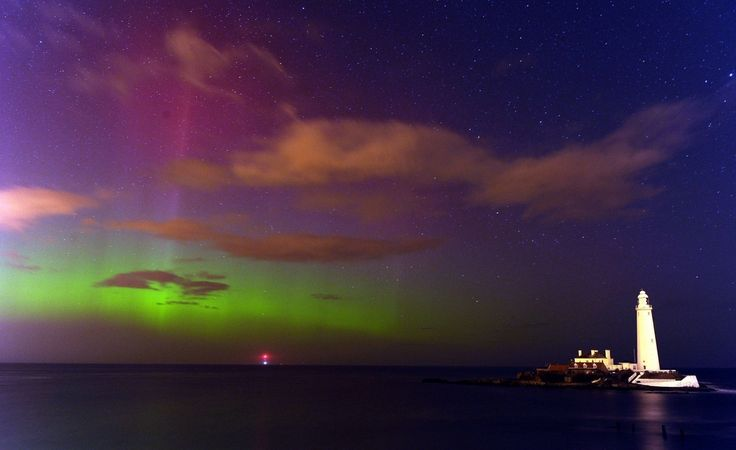 16 Absolutely Breathtaking Photos Of The Northern Lights Taken In Scotland And The North Of England