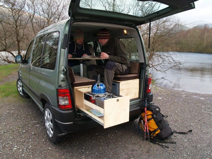 The Boot Jump removable Camper Interior for Renault Kangoos