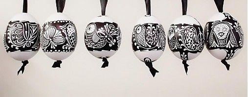 maramanufaktura / KRASLICE / vajíčko slepačie - vzor vtáčik- čiernobiele