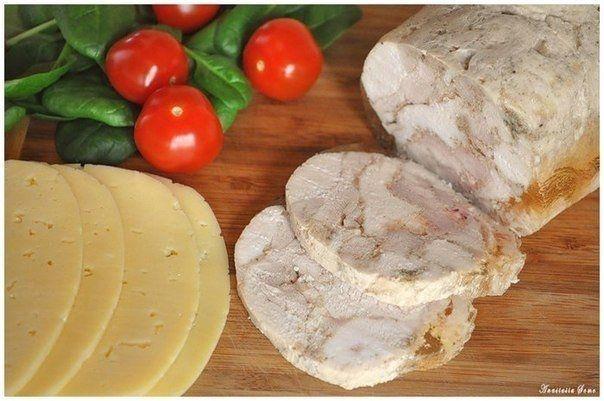 Фото к рецепту: Замена колбасе - куриный рулет