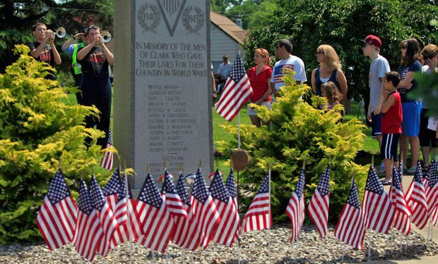 memorial day concert at flag pole hill