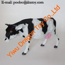 Best selling PVC plastic cow figurines