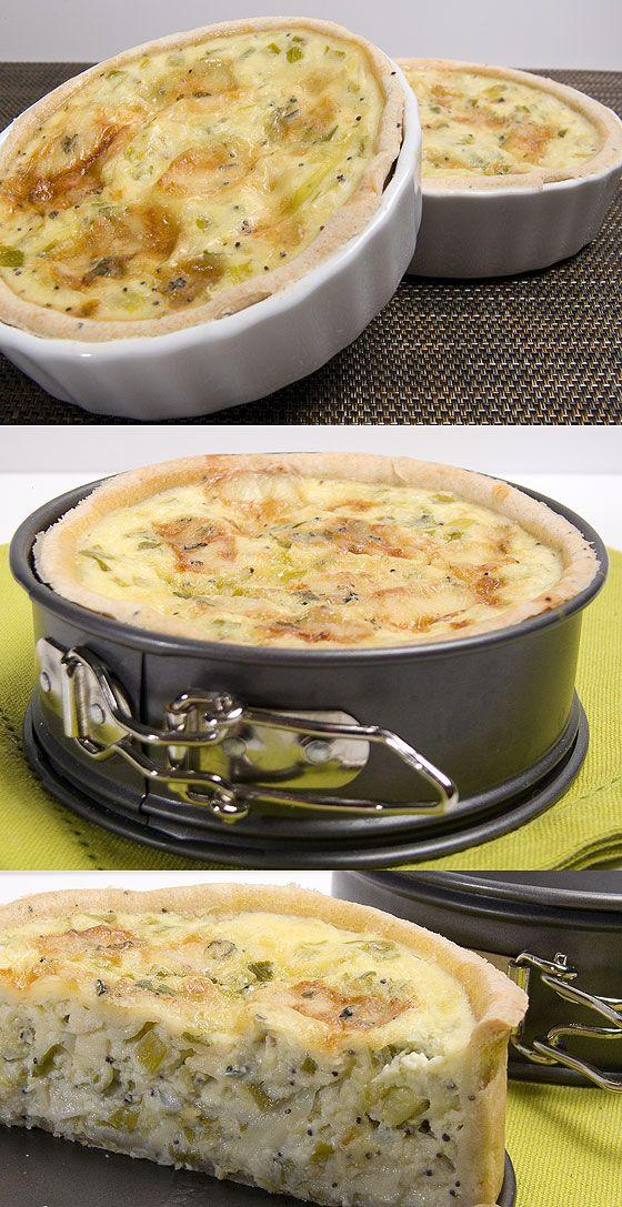 Il y a avait longtemps que je n'avais pas posté de recette de tarte salée, voici une variante dont la garniture m'a conquise tout de suite. J'adore le fromage et celui-ci assez relevé contrastait agréablement avec la douceur des poireaux, j'ai rajouté...