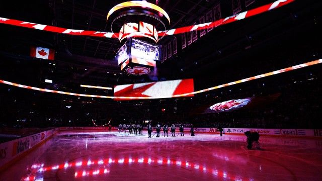 """Microphone issues during the national anthems before the game between the Maple Leafs and the Nashville Predators in Toronto led to the fans taking over and helping the singer finish """"The Star-Spangled Banner."""" http://www.sportsnet.ca/hockey/nhl/fans-finish-u-s-anthem-at-maple-leafs-game/"""