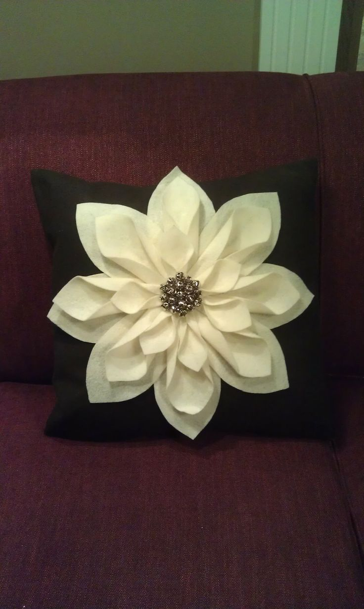 DIY Jingle Bell Pillow