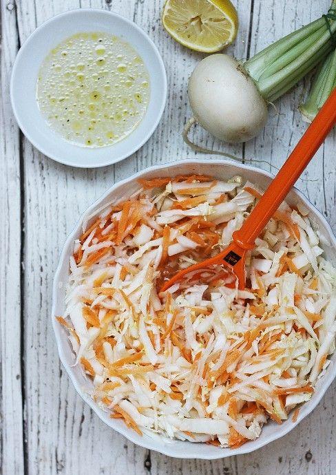 Recepty pro děti: Salát z mrkve, ředkvičky a čínského zelí