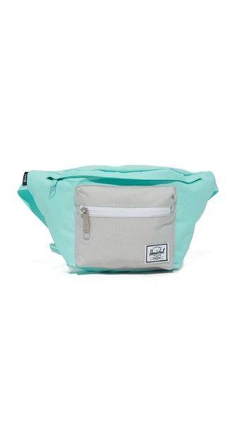 HERSCHEL SUPPLY CO. Seventeen Fanny Pack. #herschelsupplyco. #bags #belt bags #