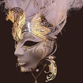 Like the mask being a headdress too. Has a bit of Egyptian as well as a bit of the look of a ships figurehead.