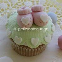 Sugarpaste cupcakes