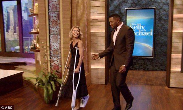 Kelly Ripa broke her foot in dance class...