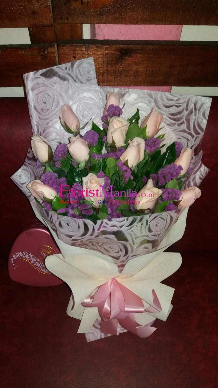 Successfully Delivered Chocolate Flower Flowerbouquet Rosebouquet Peachrose Peachrosebouquet Manilaflorist Flo With Images Peach Roses Flowers Bouquet Flower Shop