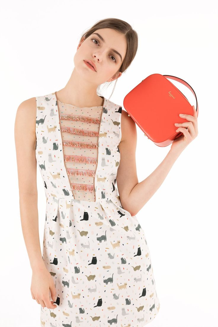 Piquet dress with Luigi the cat - illustrations by Kate Pugsley - Women's Clothing Online Made in Italy